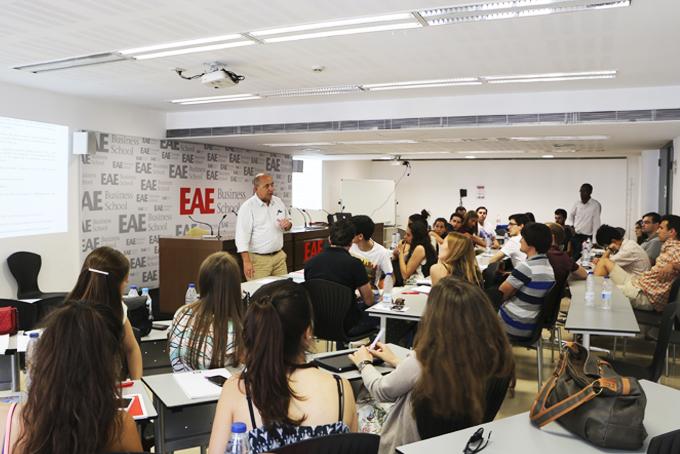 Programa residencial alumnos ISCTE en EAE Barcelona
