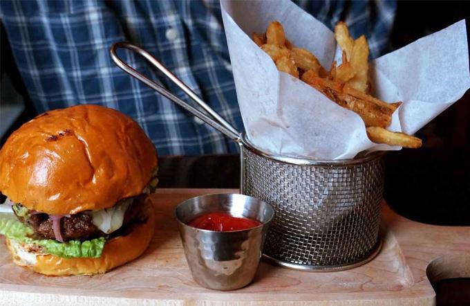 Estudio SRC de EAE El gasto en comida rápida 2014