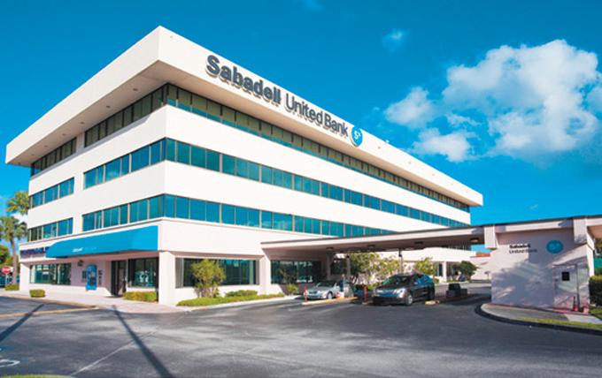 Post SRC Sabadell compra banco en Florida
