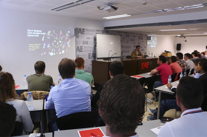 Alumnos_universidad_amsterdam_eae_clase_laurent_colete_FCB