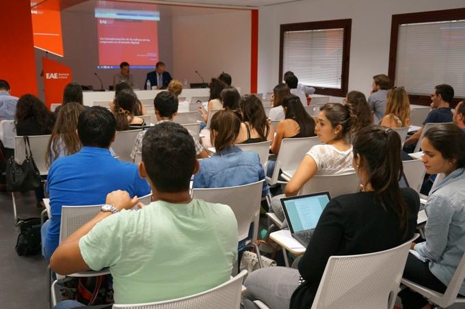 Charla ofrecida por Pedro Díaz en EAE Business School