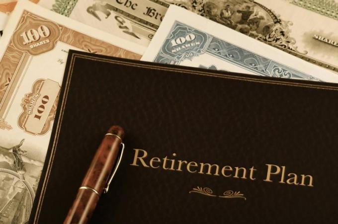 Lectura SRC Cuts in pension plans?